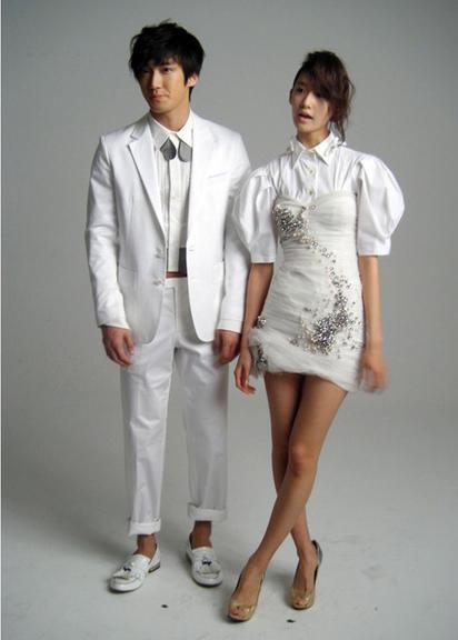 Yoona Kiss Siwon Choi Siwon And Yoona Kiss